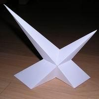Paper model Compound of two asymmetric pyramids of different sizes