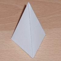 Paper model triangular pyramid